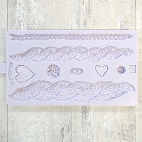 Karen Davies – Rustic Cable Knit Mould